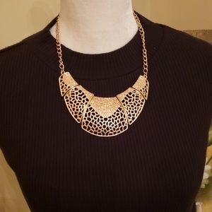 NEW Paparazzi  Gold Statement Necklace/Earrings
